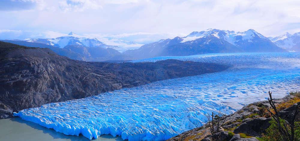 Glacier se jetant dans un Fjord