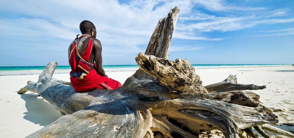 Masaï sur la Plage de Diani Beach