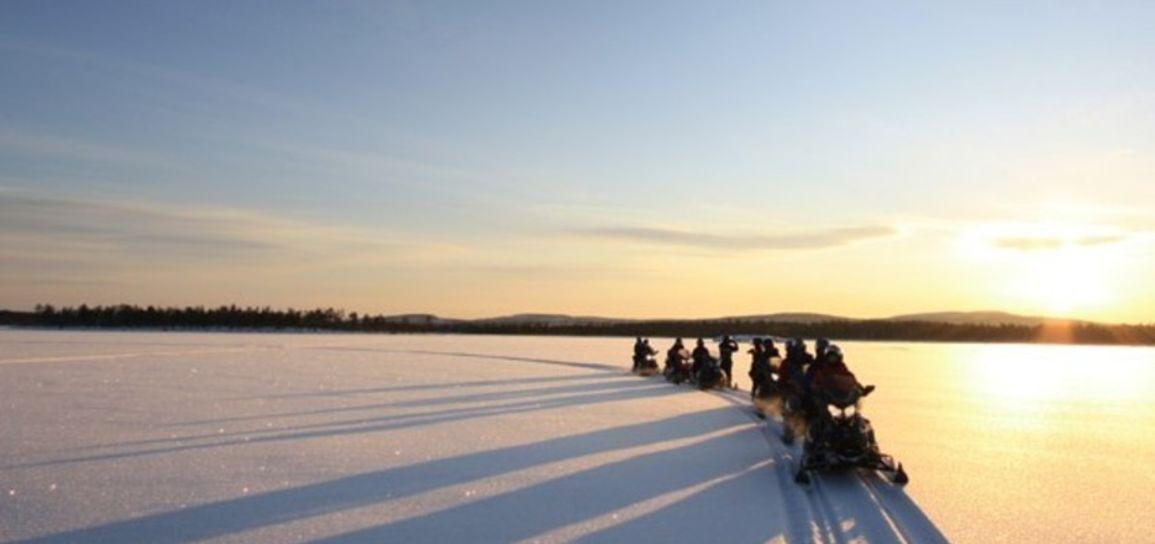 Raid en motoneige, Laponie